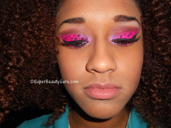 Crazy Bright Pink Leopard Print Eyes