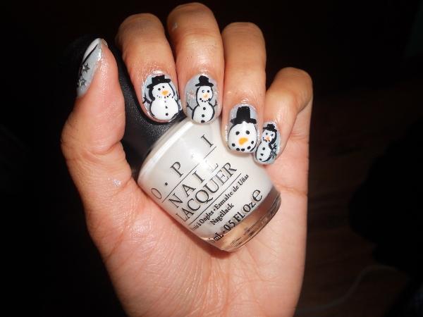 Cute Snowman nail design