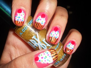 How to Paint Cupcakes on your nails