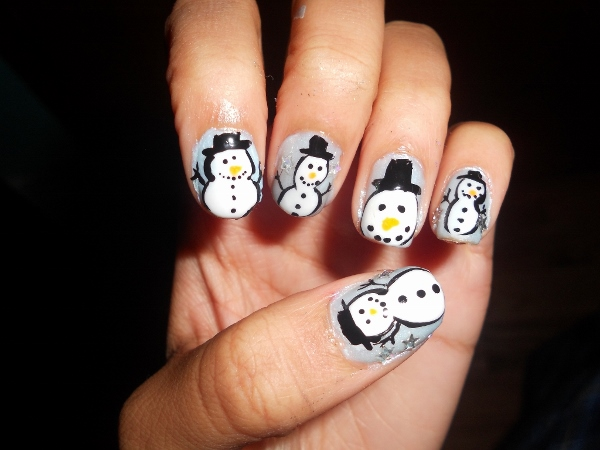 Snowman nails a cute winter manicure nail design offbeat look snowman nails prinsesfo Images
